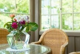 flower_table.jpg